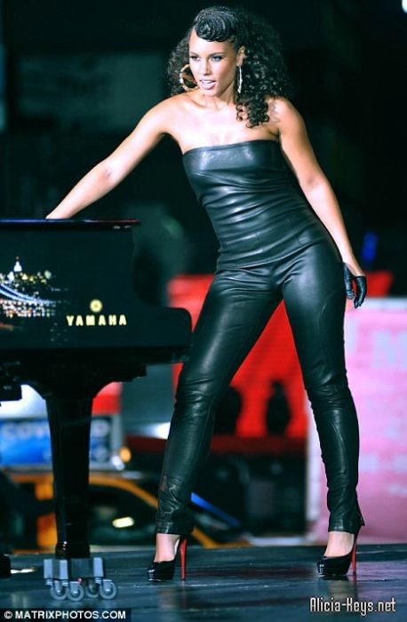 Alicia Keys Empire State Video Leather Catsuit | I Cannot ... Alicia Keys